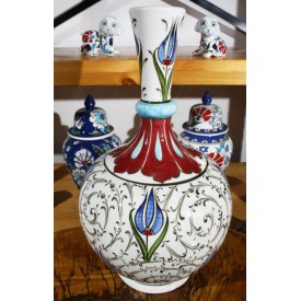 Iznik Teardrop Vase with Golden Horn and Tulip Pattern
